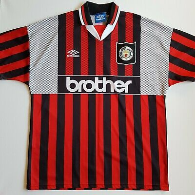 Umbro Manchester City 1994/96 Red and black Away Football Shirt Extra Large.