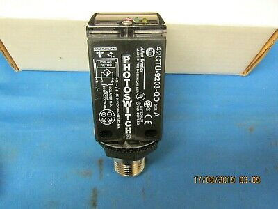 Allen-Bradley  42Gtu-9203-Qd  Polarized Photoswitch 45-264 Vdc/40-264 Vac Series
