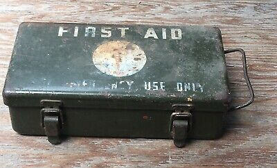 Original WWII US Army Medical Dept 12-Unit 1st Aid Kit