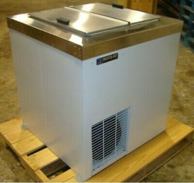 Master-Bilt CONVENTIONAL ICE CREAM DIPPING CABINET