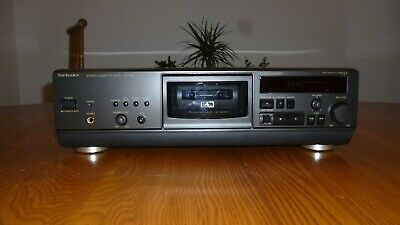 Technics RS-AZ6 Cassette Deck.Excellent Condition Original Box