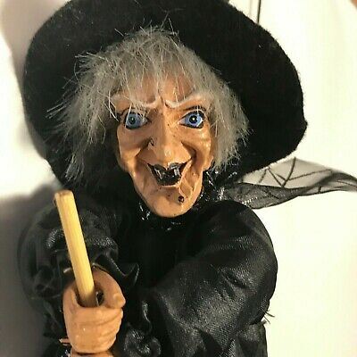 """Ganz Old WITCH flying on Broomstick Hanging 10"""" Halloween Doll Decoration"""
