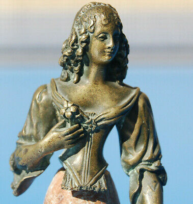 Antiguo Pequeño Busto Bronce Mujer