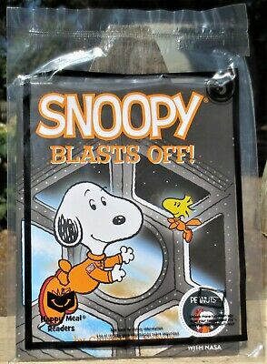 Snoopy Nasa Snoopy Blasts Off Book. NEW 2019 McDonald's Happy Meal Toy #3