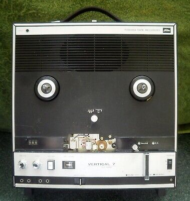 Toshiba Vertical 7 GT - 701V open real tape recorder