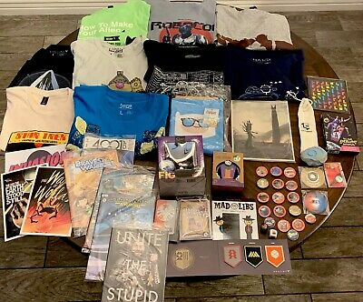Huge Loot Crate Lot! New T-shirts, Marvel, Pins, Comics, Joker; many more!
