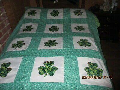 Pretty Clover  Appliqued  Quilt Top New  8/2019