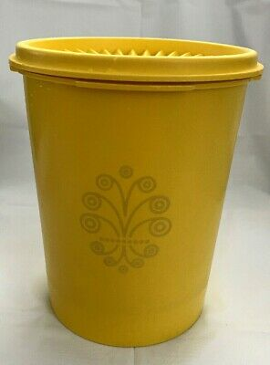 """Tupperware Yellow Servalier Canister 6"""" Tall 811-13 W/ Starburst Lid VGUC"""