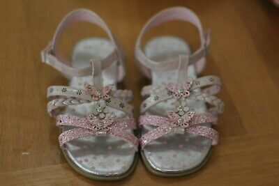 Girls Butterfly Sandal Easy Fasten Sandal in White and Pink by Walkright Kids 12