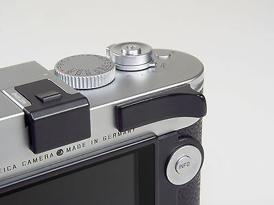 Thumbie thumb grip and rest for Leica M10 and M240