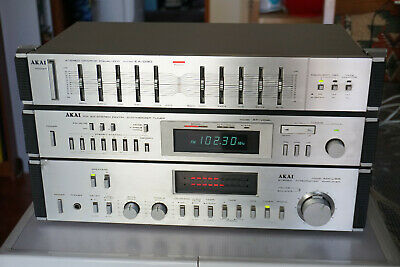Vintage AKAI Stereo Stack Early 1980s AM-U55 Amplifier AT-V04 Tuner EA-G30 Equal