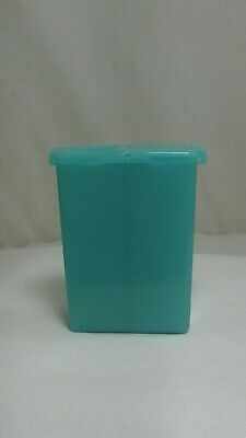 TUPPERWARE Personal  Mini Salt & Pepper Shakers Teal Blue VINTAGE Purse Camping