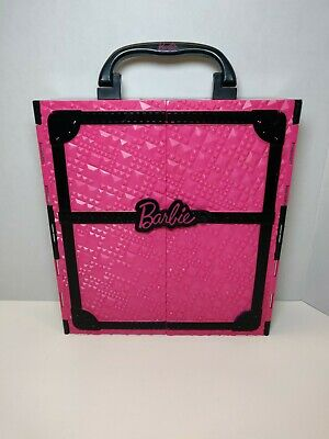 BARBIE Pink FASHIONISTA Storage Closet Carrying Case 2011 - Free Shipping