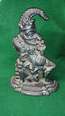 LARGE VINTAGE CAST IRON MR PUNCH DOOR STOP SIGNED `J DAVIS` 4.28Kg