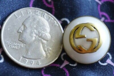 100% GUCCI Button 1 pieces Size 20  mm  Logo GG pearl & gold