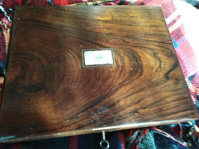 Vintage Writting Box rosewood with mother of pearl  in middle