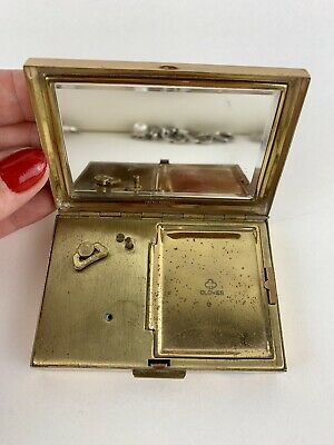 1950s Japanese Clover Musical Powder Compact