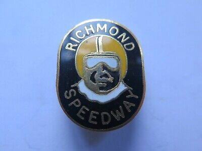 RICHMOND SPEEDWAY MELBOURNE ENAMEL BADGE c1970 EXCELLENT CONDITION CLASP BROKEN
