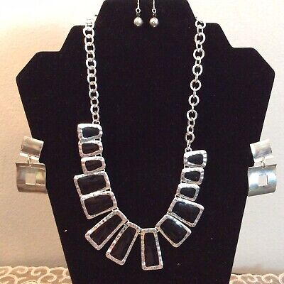 BEAUTIFUL Silver Black Stone NECKLACE Silver EARRINGS + More