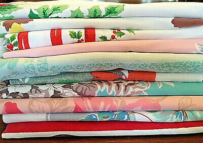 LOT of 10 Vintage Mid-Century Retro Printed Cotton Tablecloths Christmas Chicken