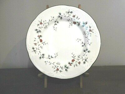 """Pfaltzgraff WINTERBERRY Salad Plate Christmas Holly Red Berries 8"""""""