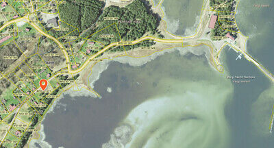 Land for sale by the sea, near a small yacht harbor. Directly from the owner.