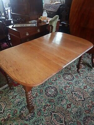Victorian dining table oak wind-out barley twist castors