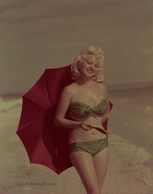Bunny Yeager 1950s Color Camera Transparency Pin-up Playboy Model Lisa Winters