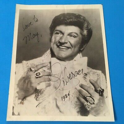 VINTAGE RARE Auth. LIBERACE personally inscribed AUTOGRAPHED 8x10 photo 1984