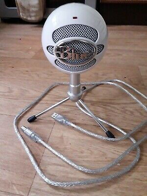 Blue Snowball Ice white USB microphone, used once.