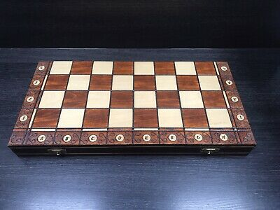Stunning Wooden Chess Set In Folding Board Excellent Condition