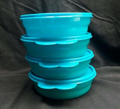 Tupperware Bowls Set of 4 Big Wonders 3 Cup Cereal and Salad Containers Blue
