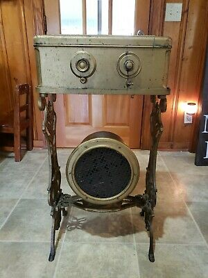 ATWATER KENT Model 46 Metal Case Vintage 1929 TUBE RADIO Speaker and Stand!