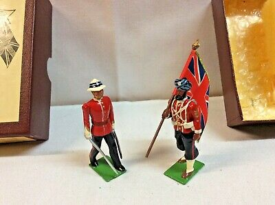 Britains Toy Soldiers 45th Rattray's Sikhs, 8836 Officer & Standard Bearer