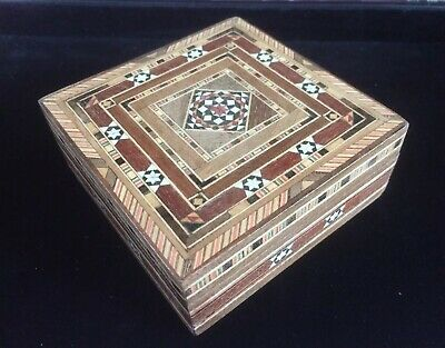 Antique Vintage Wooden Marquetry Inlay Trinket Treen Box Trinket Collectable