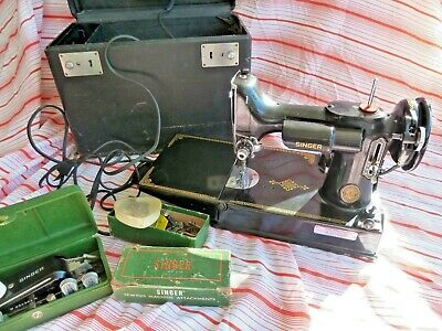 1951 SINGER Featherweight 221 Sewing Machine w/ Case & Accessories # AK 584095
