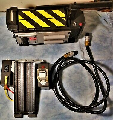 Matty Collector Ghostbusters Prop Ghost Trap