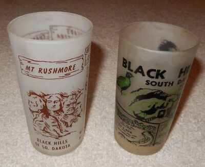 2 Vintage Mt Rushmore Black Hills Frosted Glasses Anchor Hocking