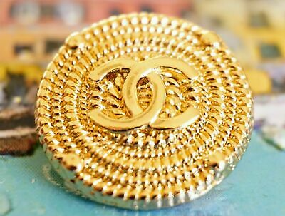 Chanel Buttons lot of 2 large size 0,8 inch 20mm Gold tone logo CC