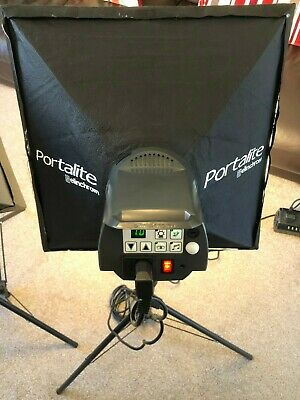Elinchrom D-Lite 2 Studio Lights with carry cases, Tripods, Softboxes (Set of 2)