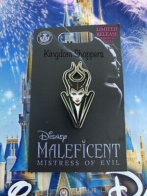 Disney Parks Maleficent Mistress Of Evil Live Action Bust Pin LR In Hand