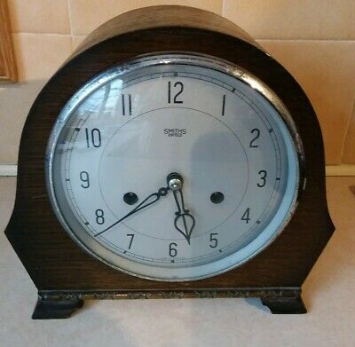 SMITHS ENFIELD ANTIQUE ART DECO STRIKING MANTEL CLOCK WITH KEY 1950s