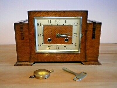 Vintage Art Deco 1920s striking mantle clock working with pendulum and key