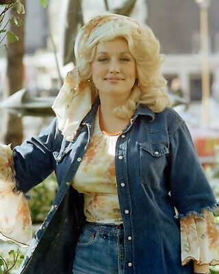 LOT of (2) TWO DOLLY PARTON RARE Collectible COUNTRY MUSIC ARTIST PHOTO 8 x 10