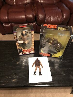 1974 Mego Planet Of The Apes Soldier Cornelius And Thade Figures