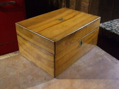 ANTIQUE WALNUT JEWELLERY BOX very clean  excellent orig veneer lovely colour