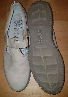 Ecco Soft Designer Beige Suede Leather Flat T-Bar Shoes Uk 9 Eu 43 Worn Once