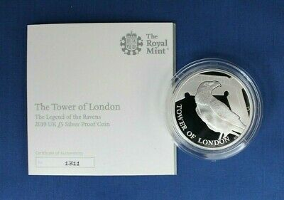 """2019 Silver Proof £5 coin """"The Tower of London"""" in Capsule with COA    (AG4/27)"""