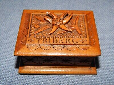 ANTIQUE 19thC HAND CARVED BLACK FOREST EDELWEISS STAMP BOX FROM TRIBERG