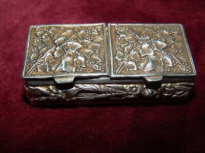 Antique Vintage Silver Plated Double-Sided Pill Box ~ Ivy Leaf Design